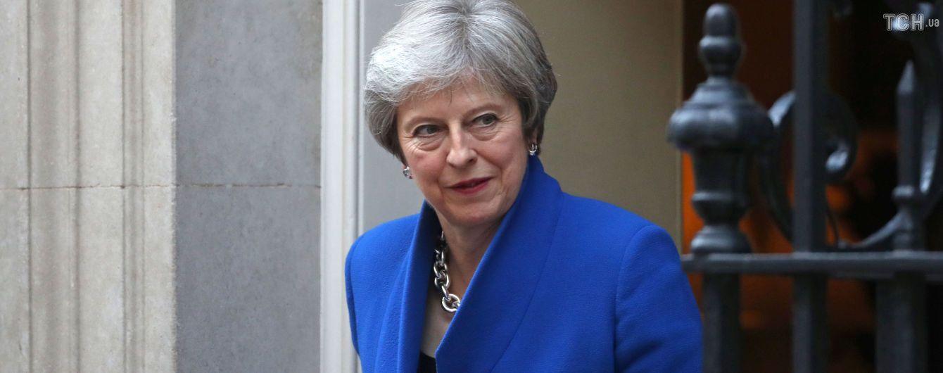Мей спростувала інформацію про підготовку дострокових виборів у Британії
