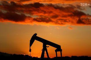 Нафта знову подешевшала, ціна впала до річного мінімуму