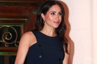 И все равно красивая: герцогиня Сассекская надела на вечерний прием старое платье