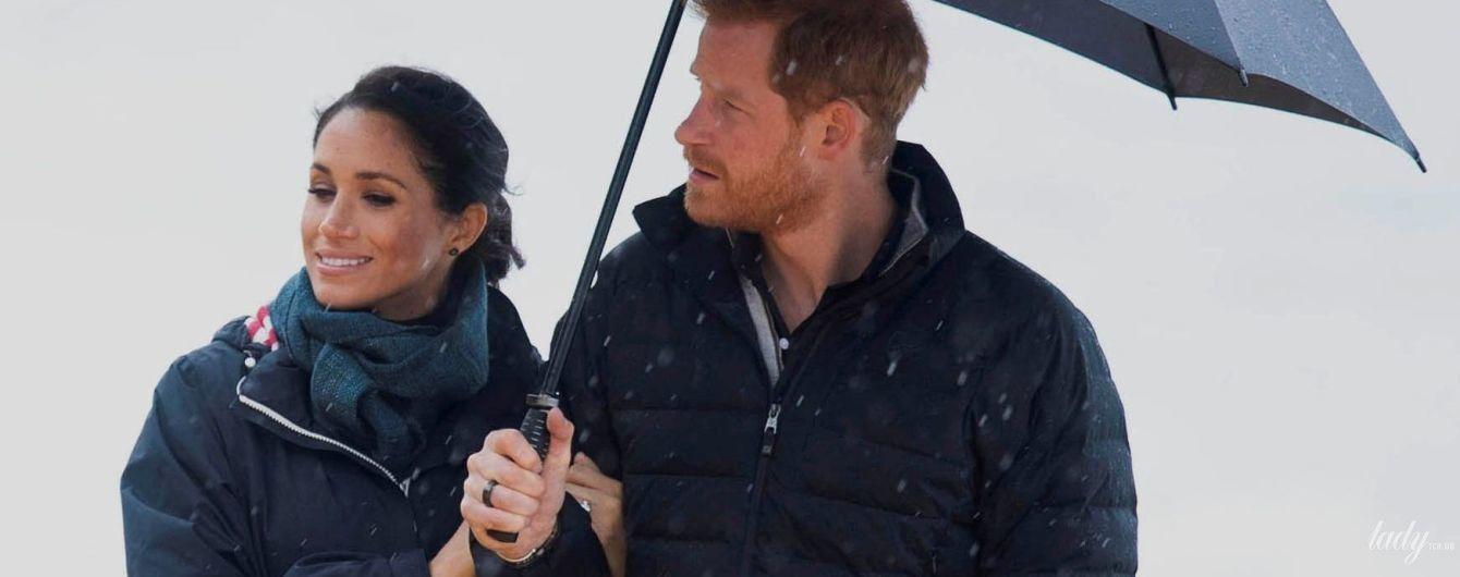 Двое под дождем: герцогиня Сассекская и принц Гарри посетили знаменитый парк в Новой Зеландии