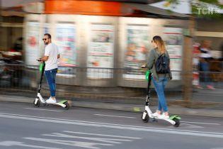 В Мадриде запретили электроскутерам двигаться по тротуарам