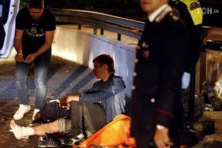 Во время аварии с российскими болельщиками в римском метро некоторые успели перепрыгнуть на соседний эскалатор