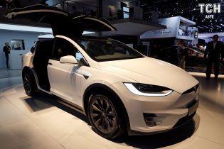 У Tesla зменшать гаму комплектацій електрокарів