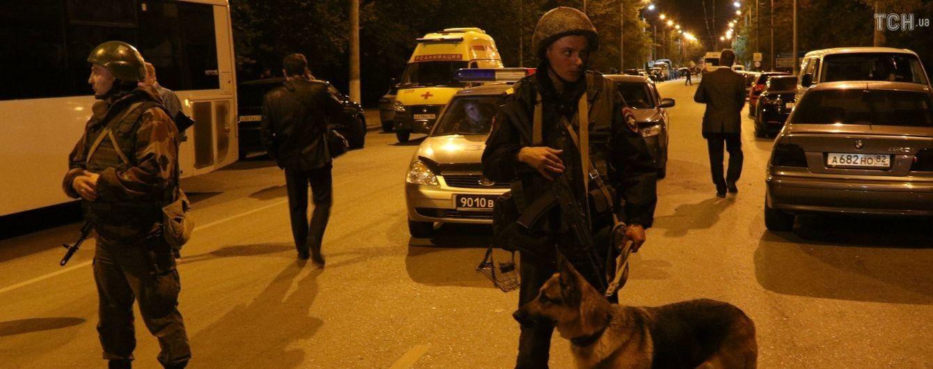 Кровавая стрельба: в Керчи не исключают конфликт студента с преподавателями