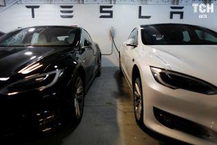 У Tesla заявили, що комплектують Model 3 вічним електроприводом