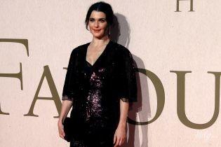 Через два місяці після пологів: 48-річна Рейчел Вайс сяє на прем'єрі фільму в Лондоні