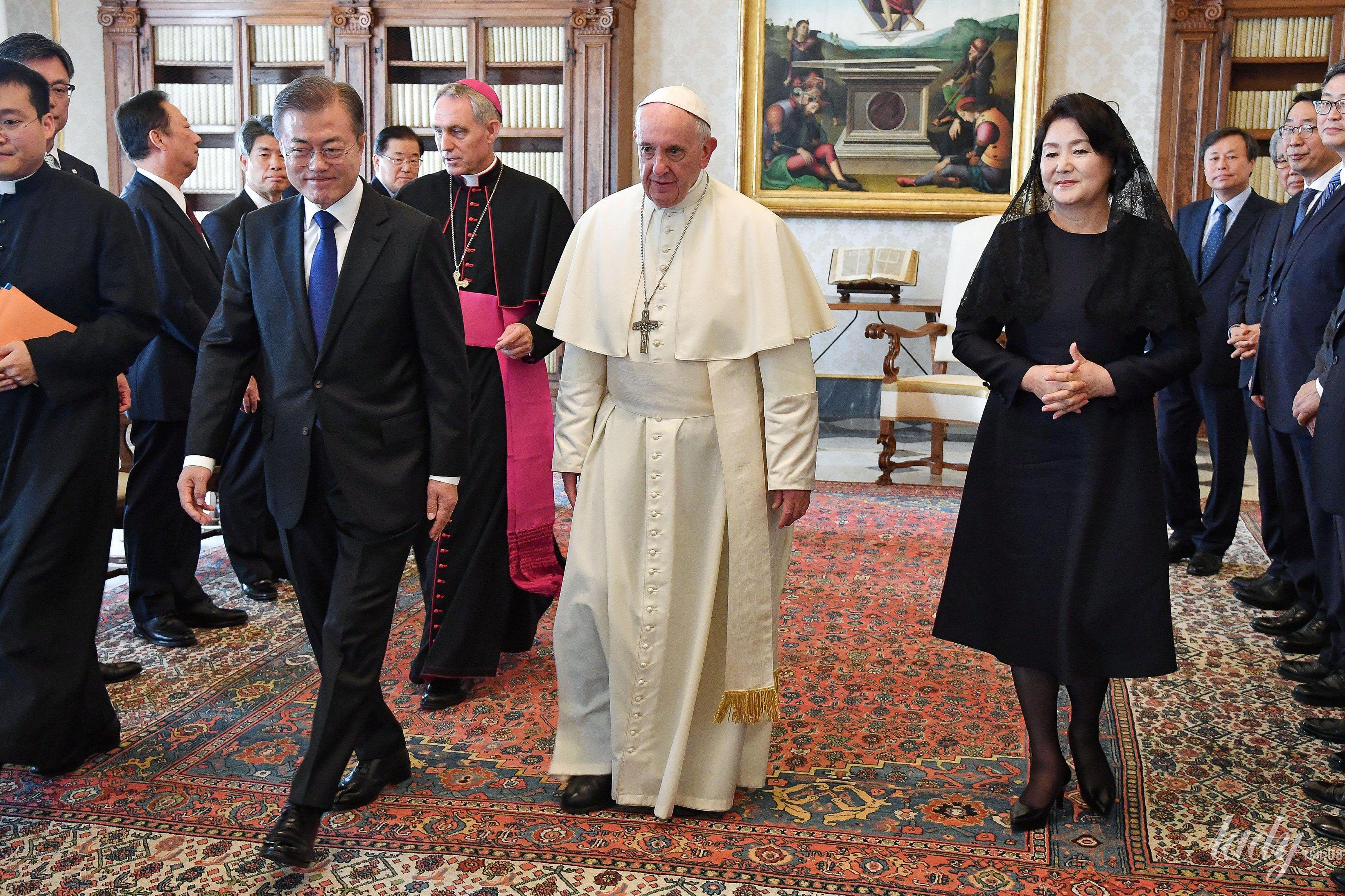 Президент Южной Кореи с супругой_1