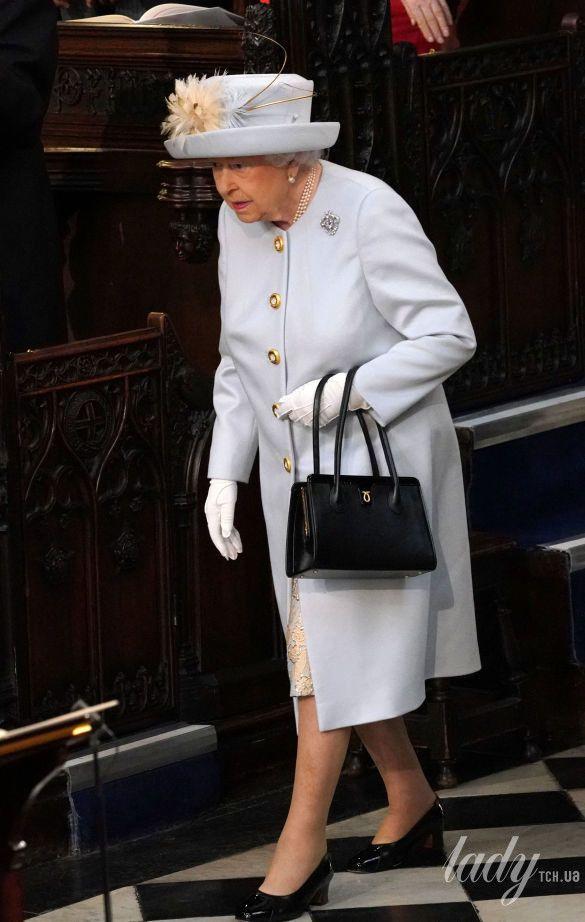Королева Елизавета II и принц Филипп_5