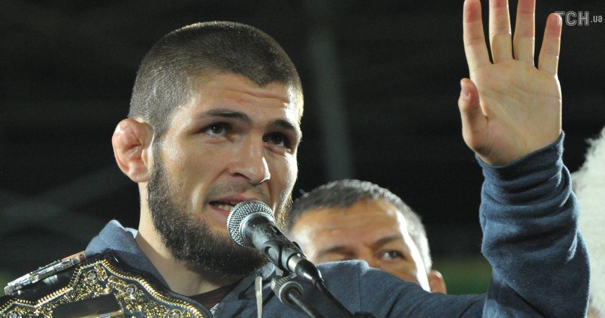 Нурмагомедову выплатили половину гонорара за бой с Макгрегором