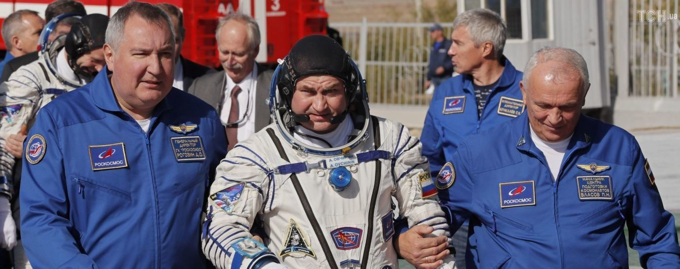 """""""Швидко ми прилетіли"""": опубліковано відео перемовин космонавтів під час аварії ракети """"Союз"""""""