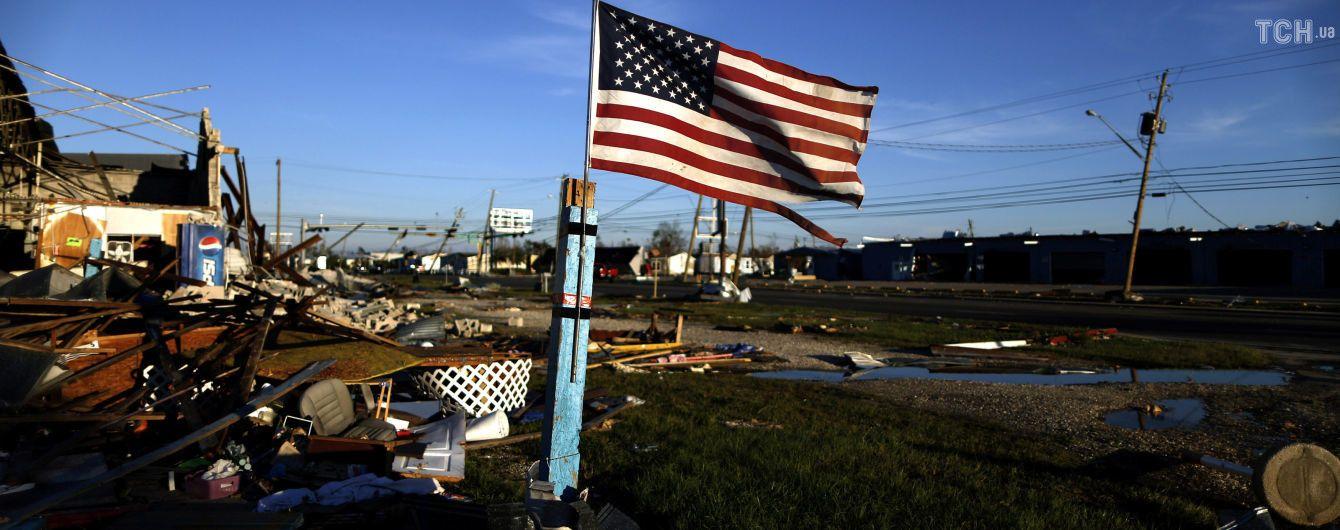 """Ураган """"Майкл"""" обрушился на базу ВВС США во Флориде"""