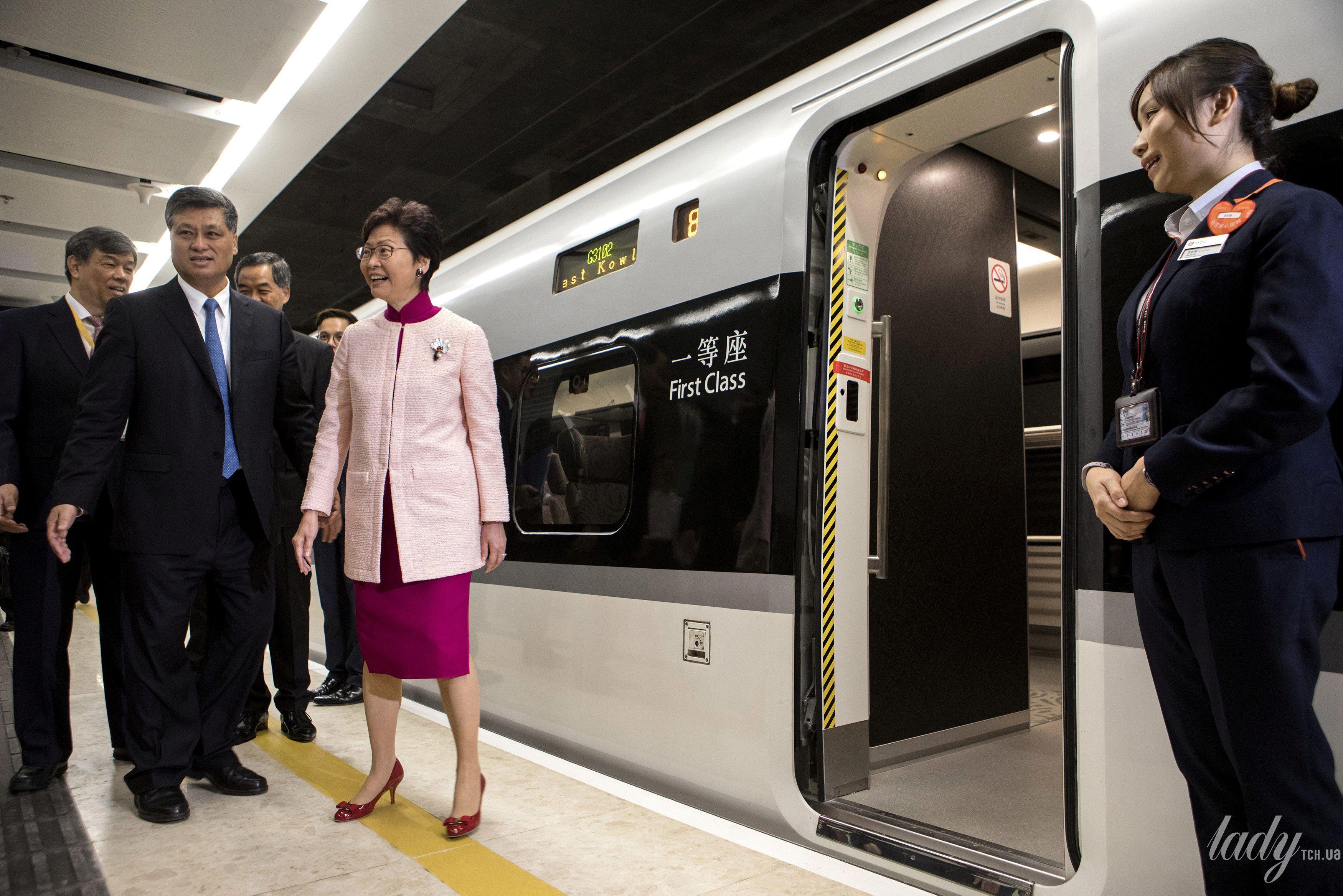 Глава администрации Гонконга Кэрри Лам_1