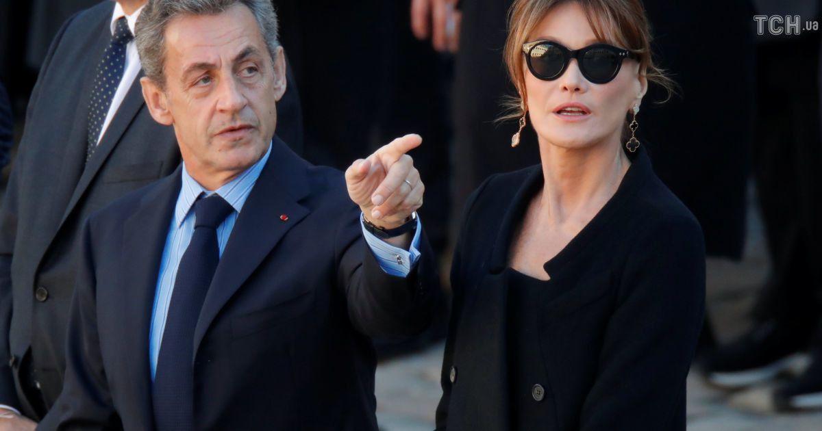 Экс-президент Франции Николя Саркози и Карла Бруни @ Reuters
