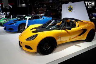 Парижский автосалон 2018: Lotus показал аж четыре обновленные спорткары