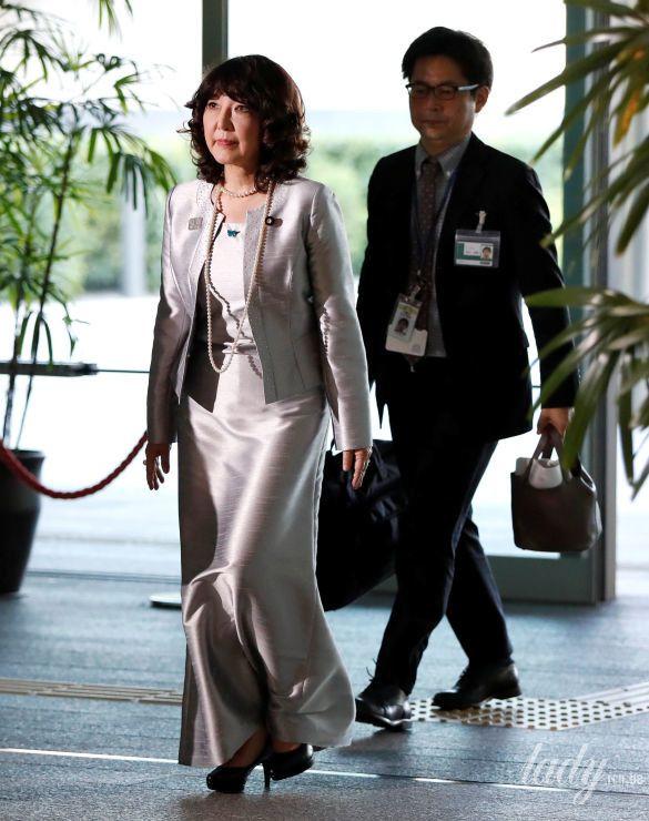 Министр Японии по делам развития регионов Сацуки Катаяма_2