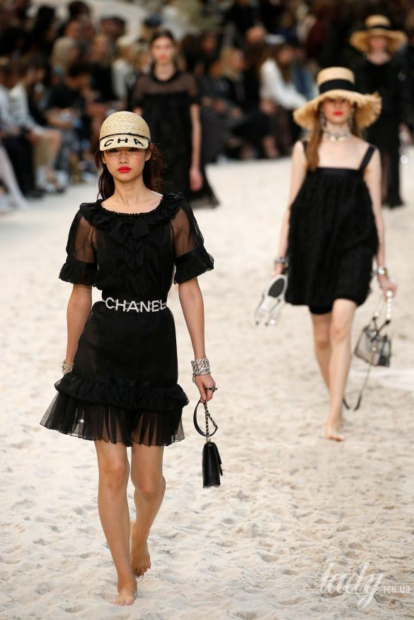 Коллекция Chanel прет-а-порте сезона весна-лето 2019_24