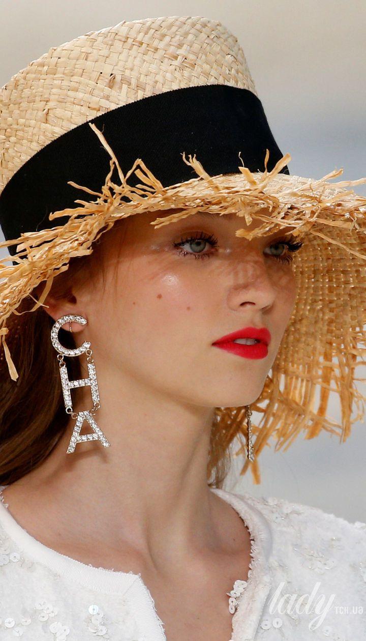 Коллекция Chanel прет-а-порте сезона весна-лето 2019
