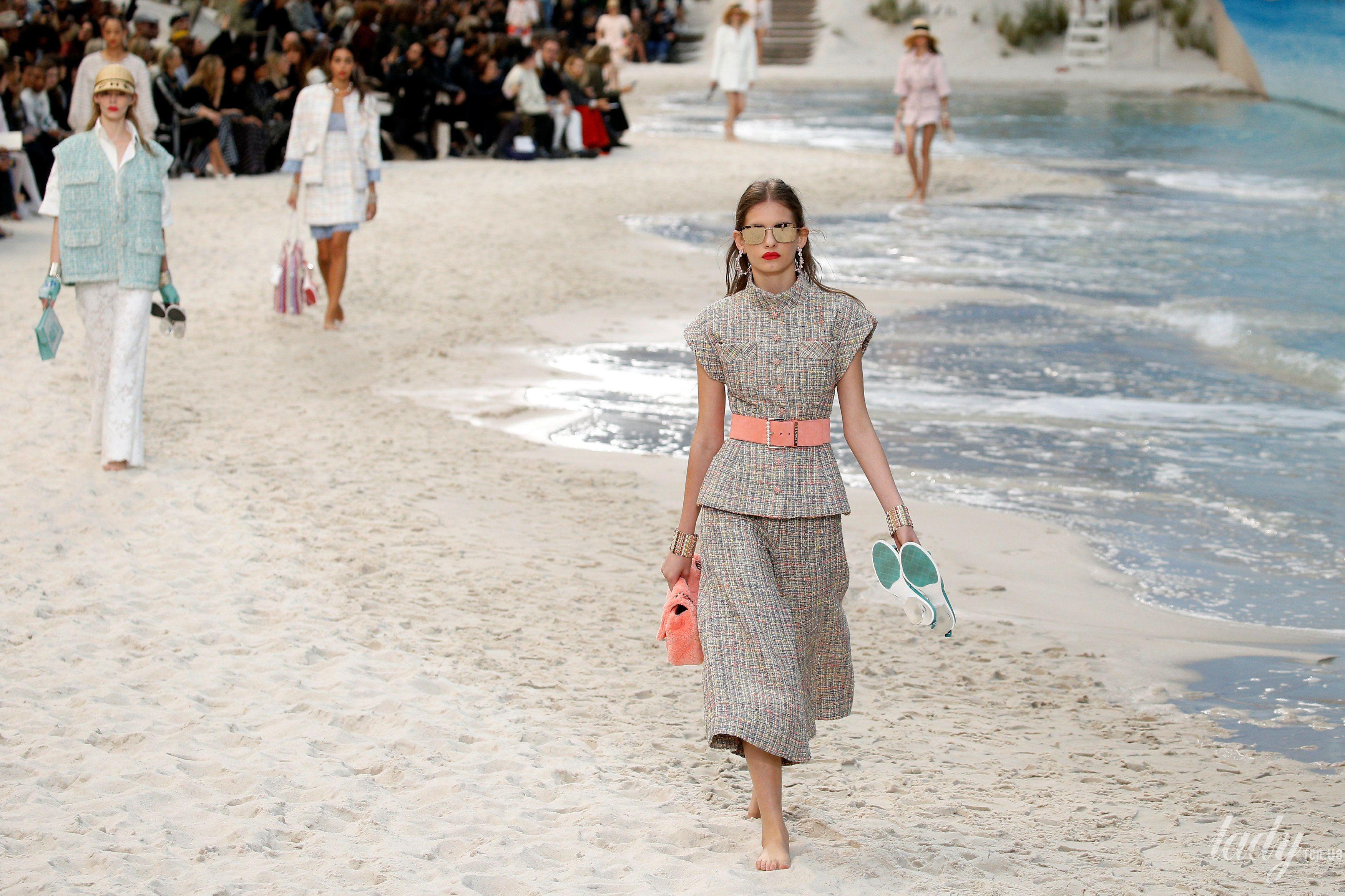 Коллекция Chanel прет-а-порте сезона весна-лето 2019_34