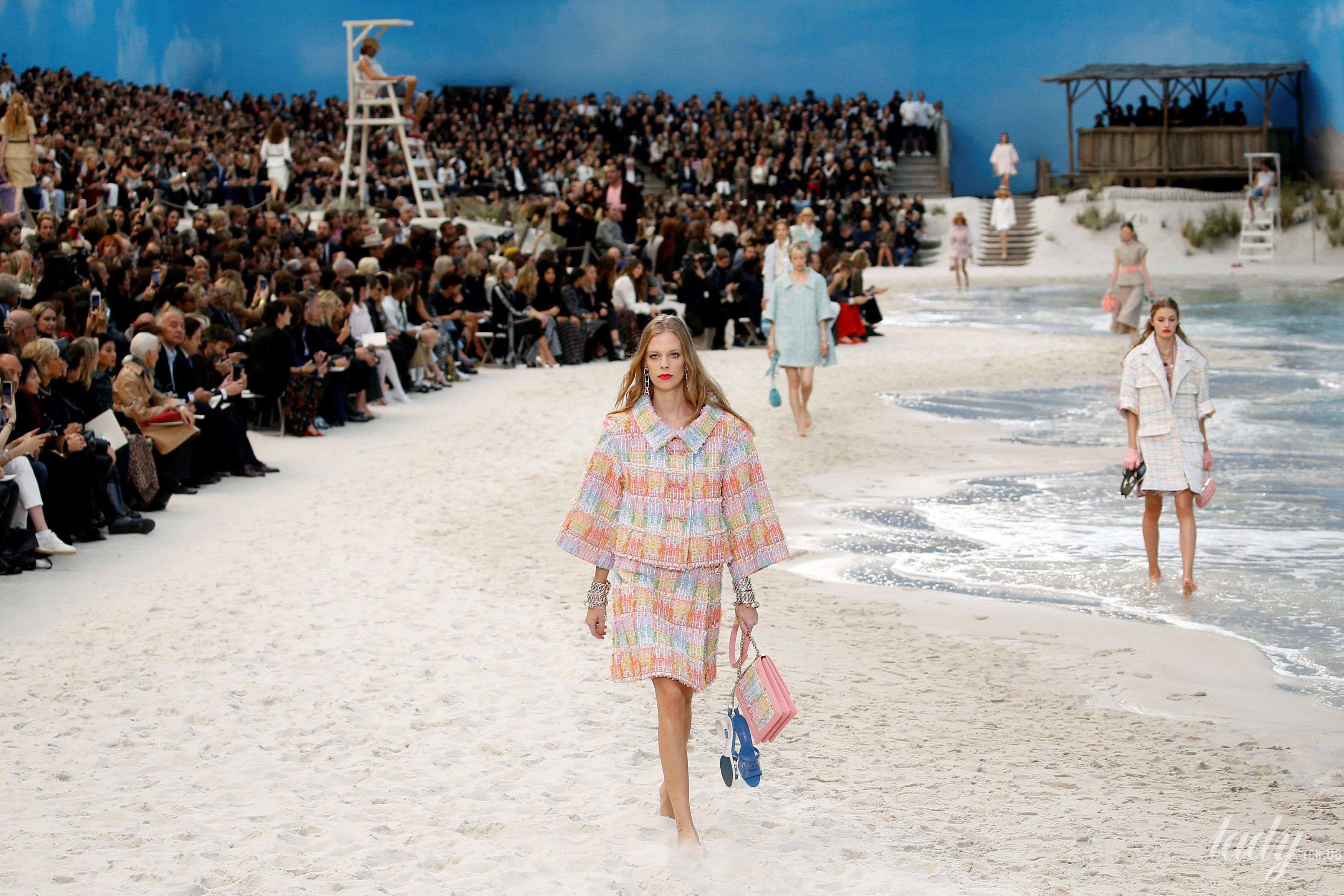 Коллекция Chanel прет-а-порте сезона весна-лето 2019_33