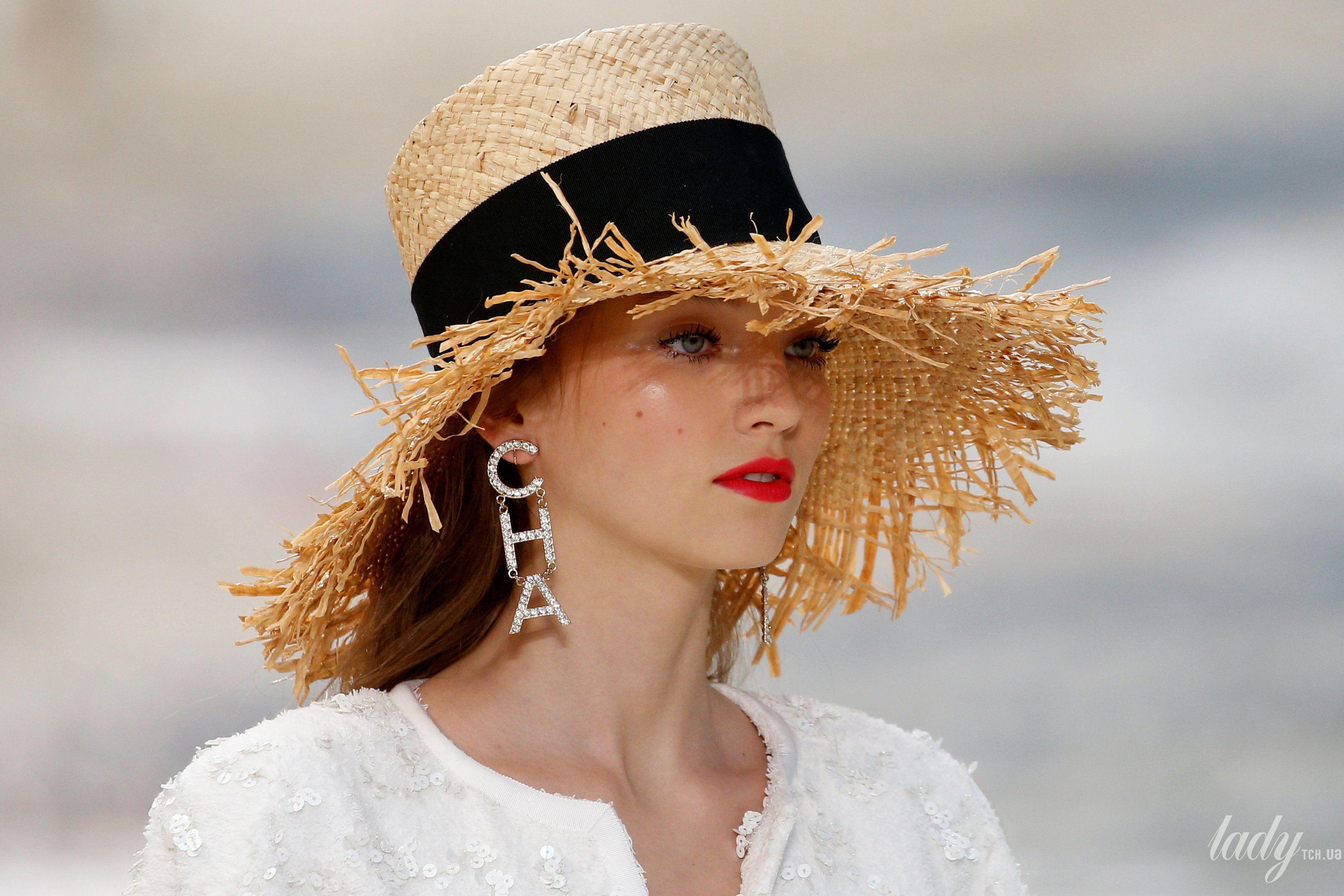 Коллекция Chanel прет-а-порте сезона весна-лето 2019_17