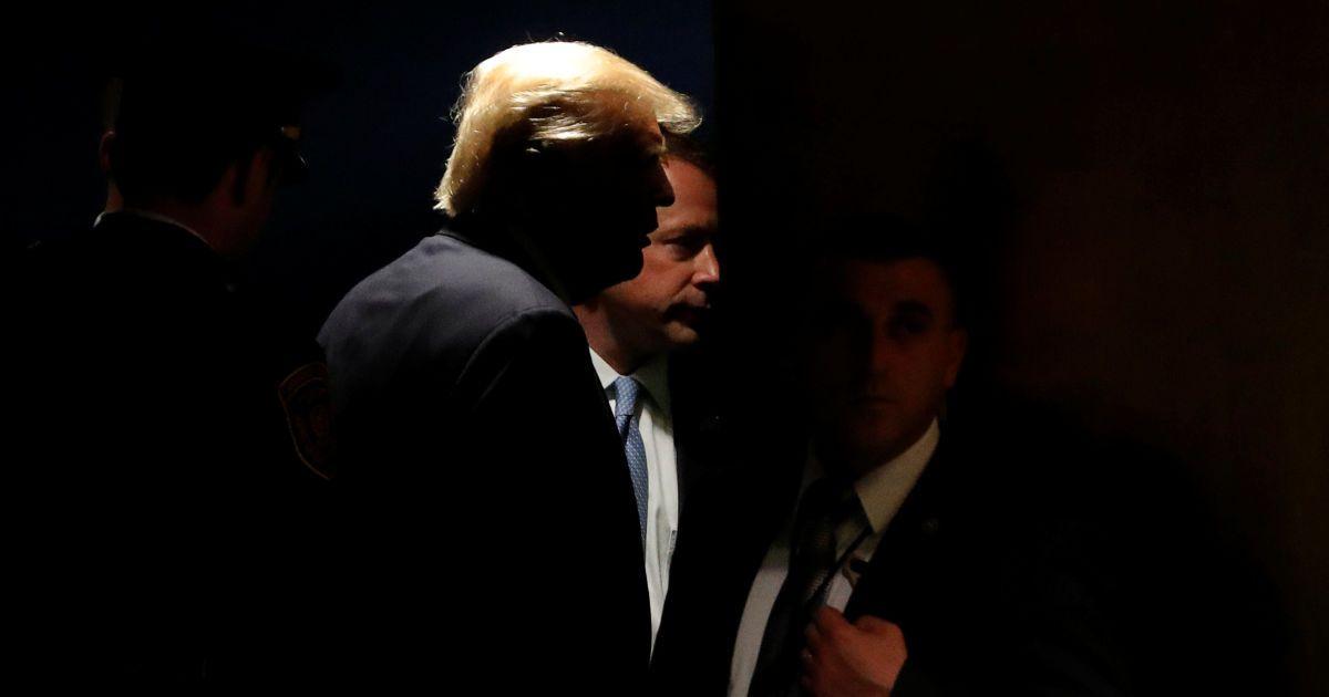 CNN будет судиться с Администрацией Трампа из-за ограничения доступа журналиста в Белый дом