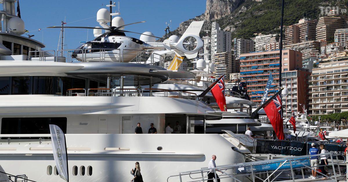 Елитнее некуда: в Монако проходит выставка эксклюзивных суперяхт