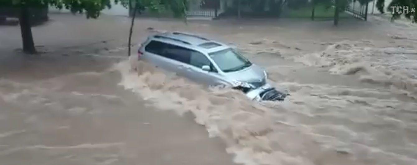 В Мексике бушует тропический шторм