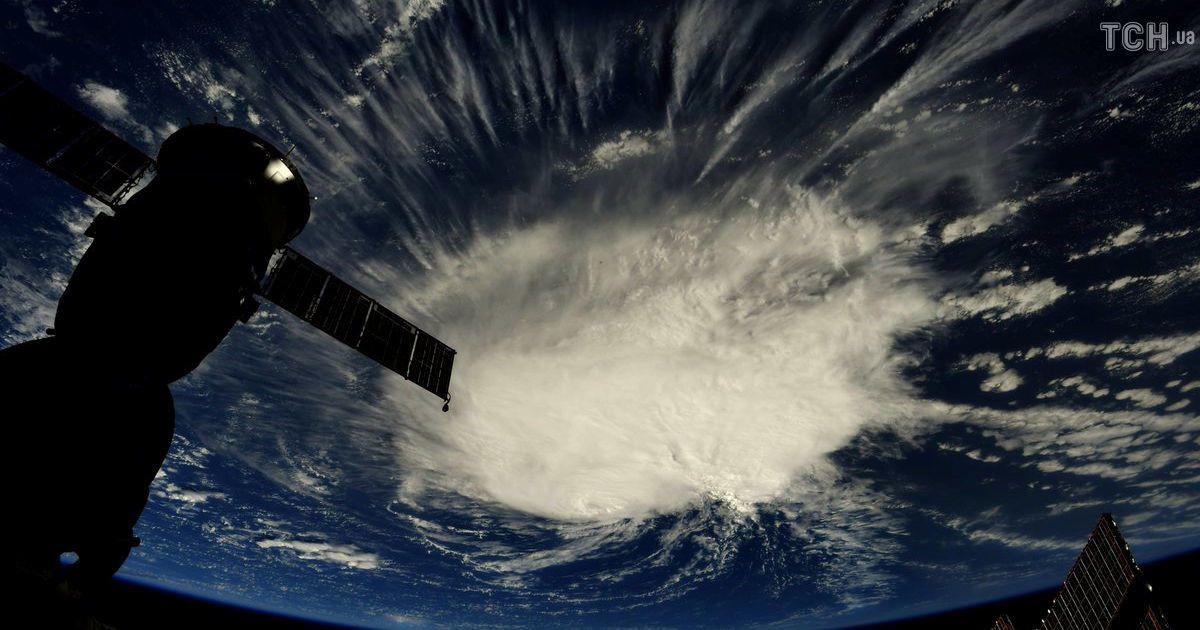 """В Вашингтоне объявили чрезвычайное положение из-за урагана """"Флоренс"""": население призвали запасаться необходимым"""