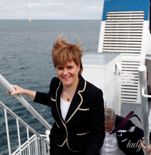 Первый министр Шотландии Никола Стерджен_3
