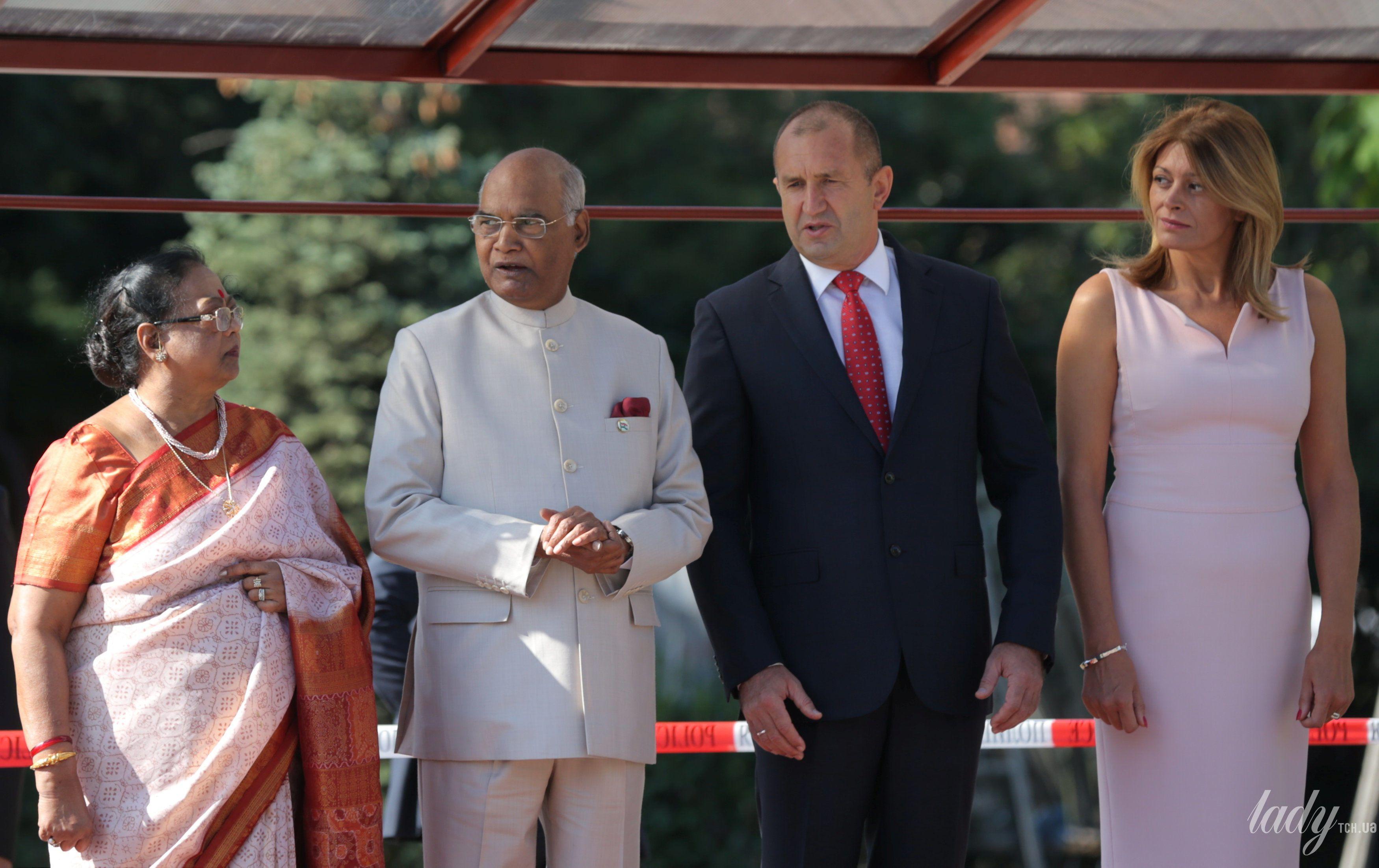 Перваые леди Индии и Болгарии_1
