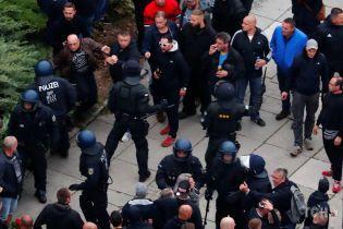 Суд відпустив підозрюваного у вбивстві у німецькому Хемніці, через яке збунтувалися праворадикали