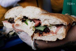 Вкусный рекорд: в Мексике приготовили гигантскую тортілью