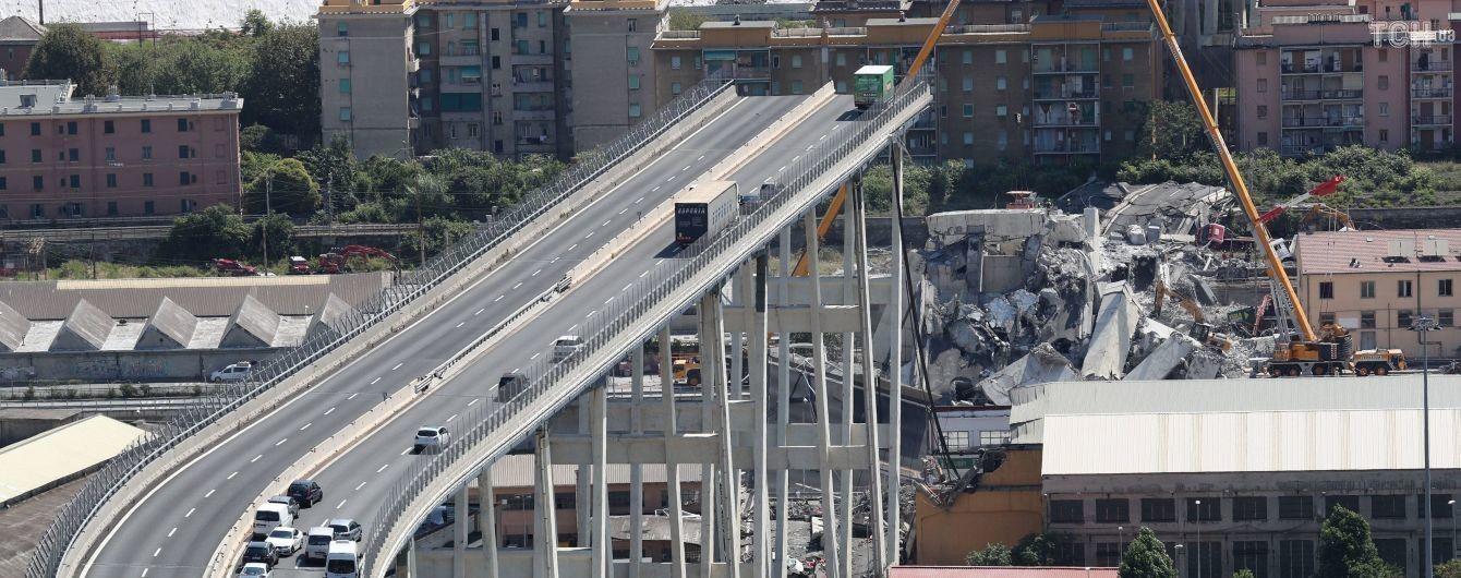 От 10 до 20 человек до сих пор могут находиться под завалами моста – прокуратура Генуи