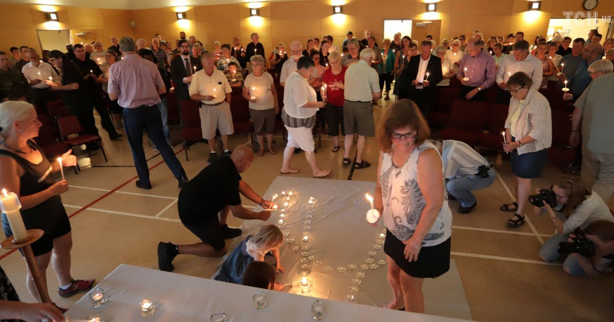 Свічки та молитви: у канадському містечку оголосили жалобу через криваву стрілянину