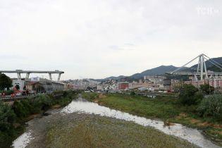 Падіння мосту в Генуї міг спричинити удар блискавки