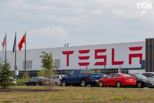В Tesla ищут рабочих для мегазавода в Шанхае