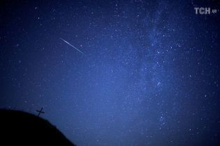 Российские долги Манафорта и карпатский метеорит. Пять новостей, которые вы могли проспать
