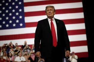 Трамп вимагає у генпрокурора США негайно припинити розгляд справи про втручання РФ у вибори