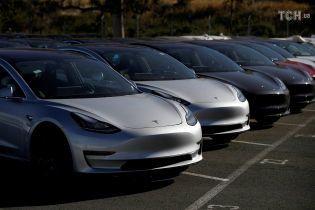 ФБР начало расследование в отношении компании Tesla за введение в заблуждение инвесторов