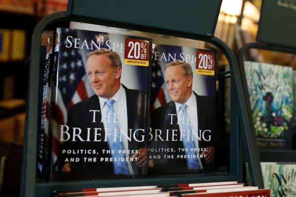 The Briefing, книга екс-речника Трампа Шона Спайсера