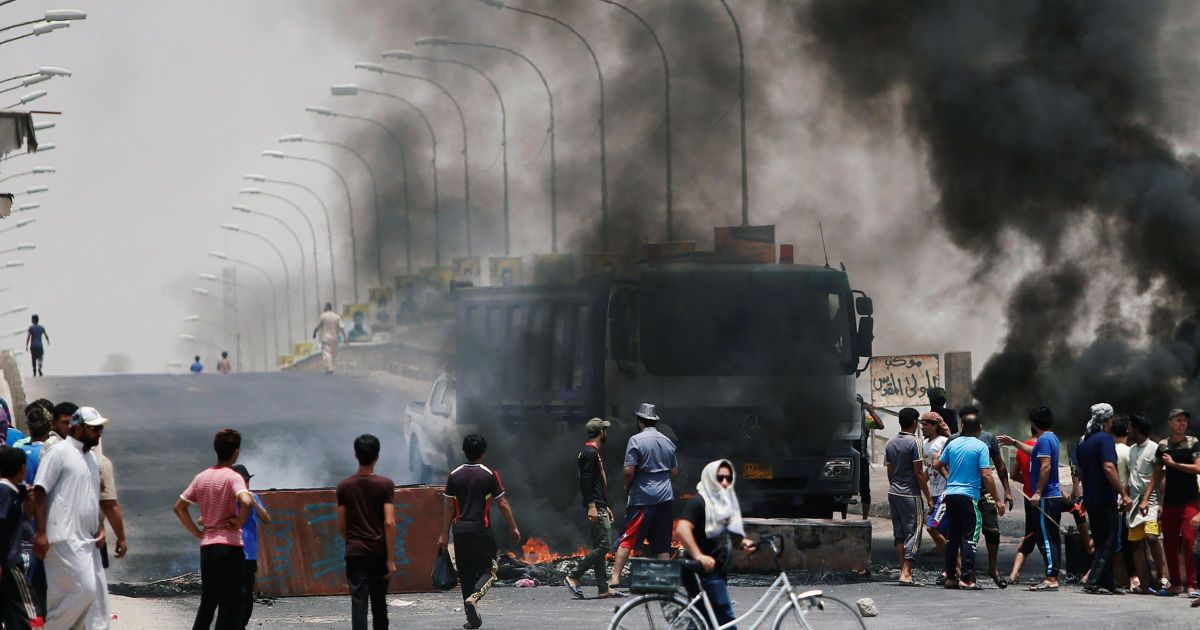 Антиправительственные протесты на юге Ирака @ Reuters