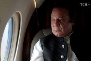 У Пакистані ув'язнять екс-прем'єра країни та його сім'ю через офшорний скандал