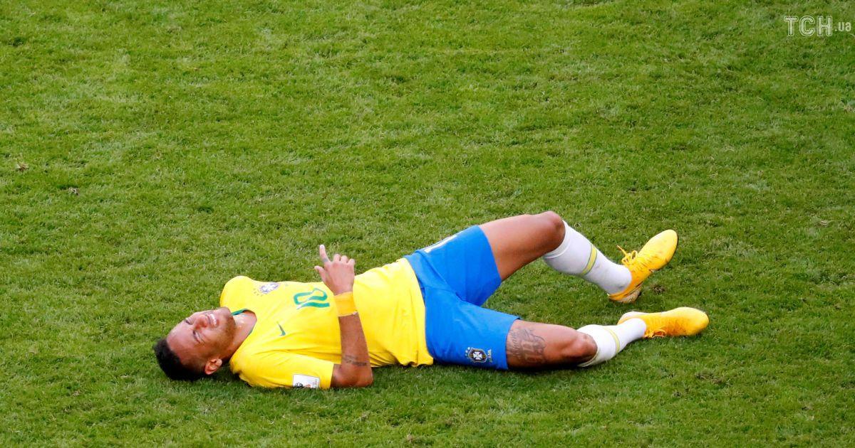Симулянт года. Неймар изобразил вселенские страдания в матче Бразилия – Мексика