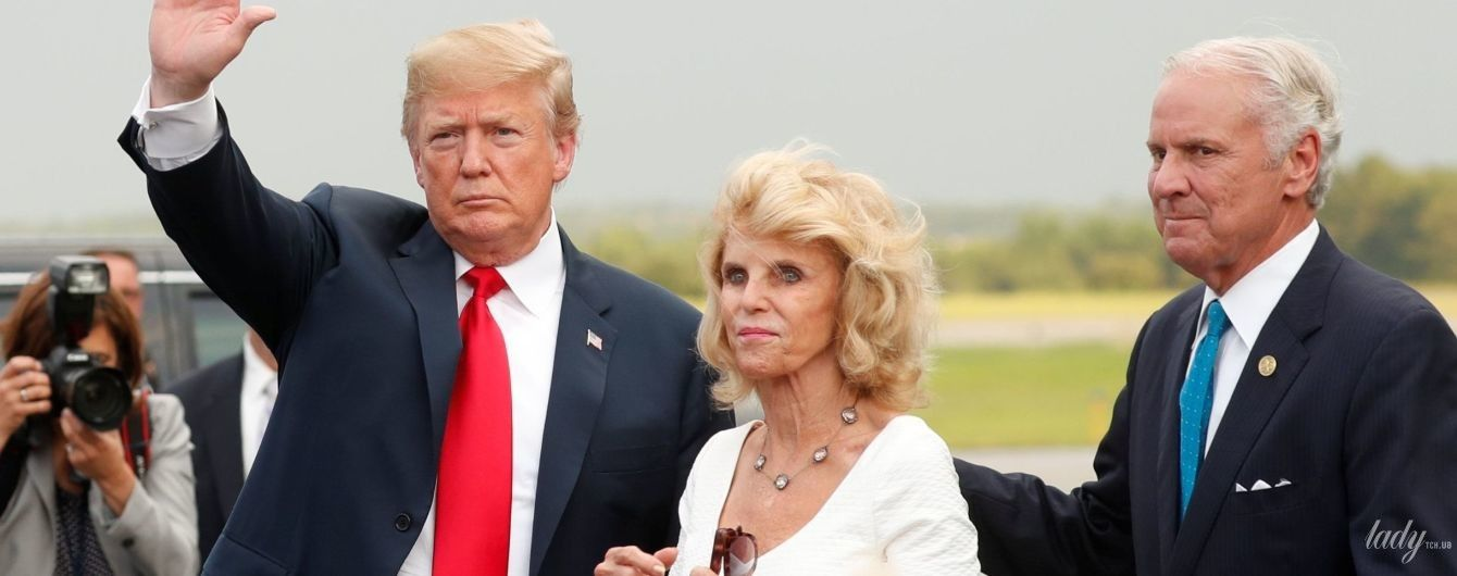 Блондинка в обтягивающем платье: роскошный образ жены губернатора Южной Каролины