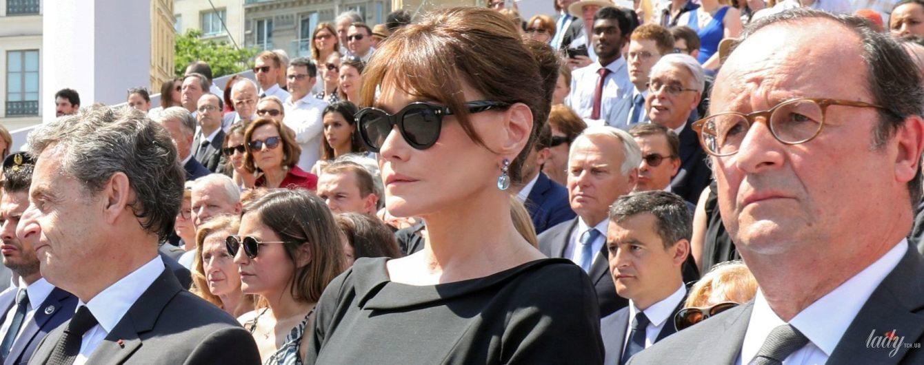 В черном платье миди: элегантный образ экс-первой леди Франции Карлы Бруни