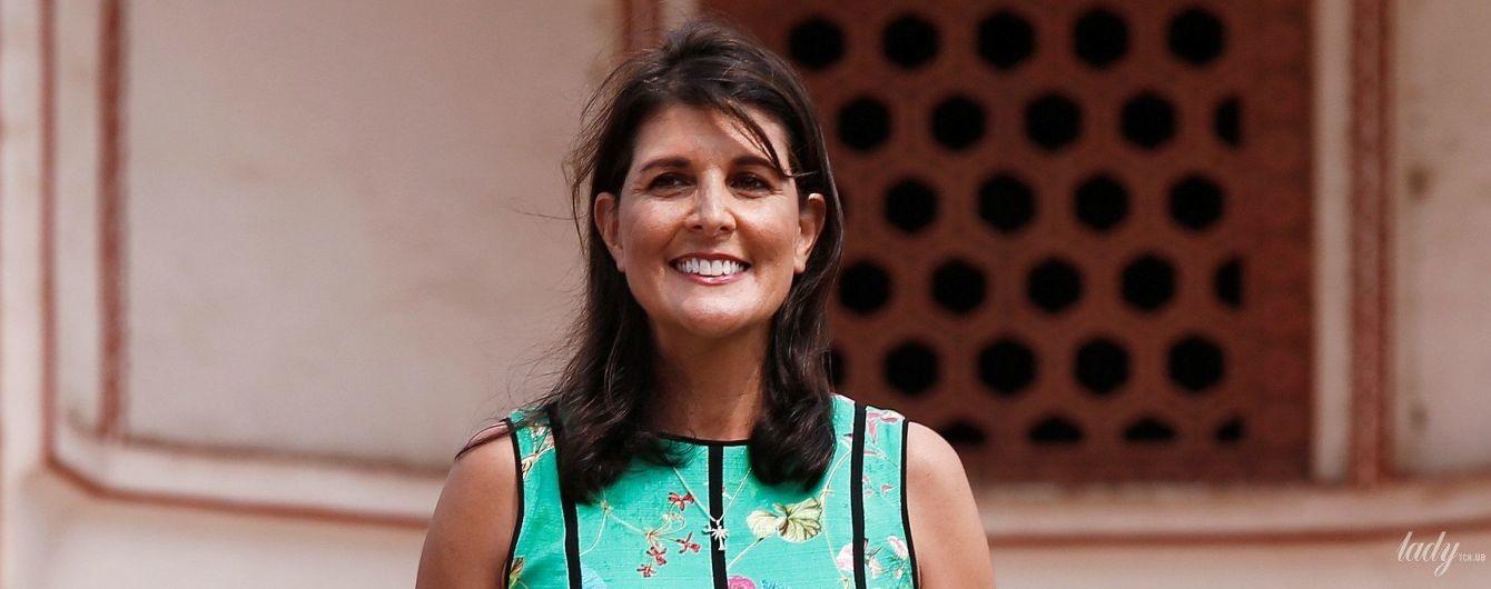 Посол США в ООН в платье с цветочным принтом выступила на пресс-конференции