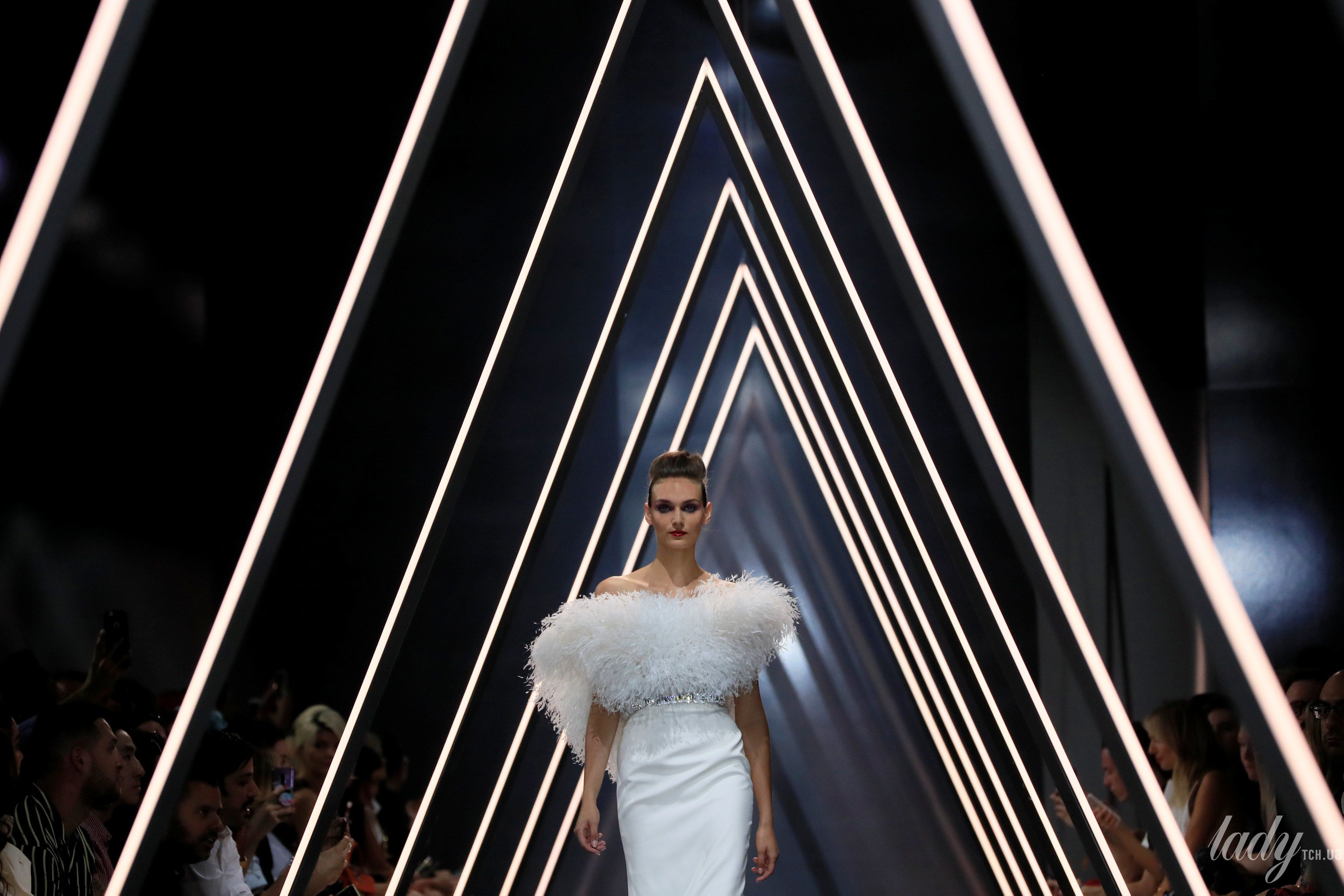 Показ Ralph & Russo Couture_15