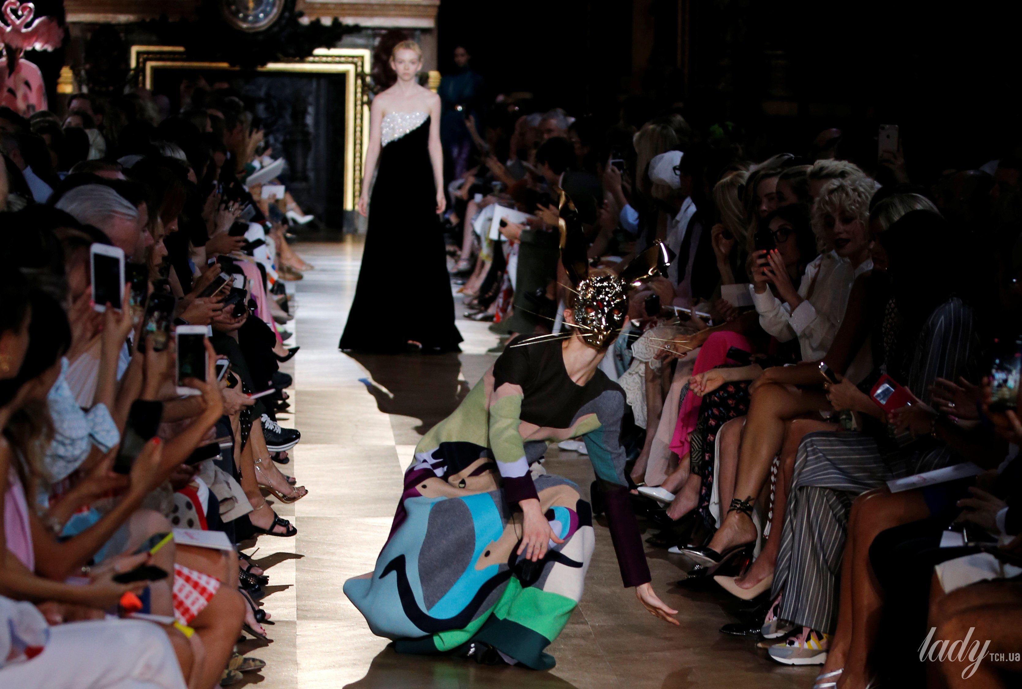 Коллекция Schiaparelli Haute Couture осень-зима 2018-2019_27