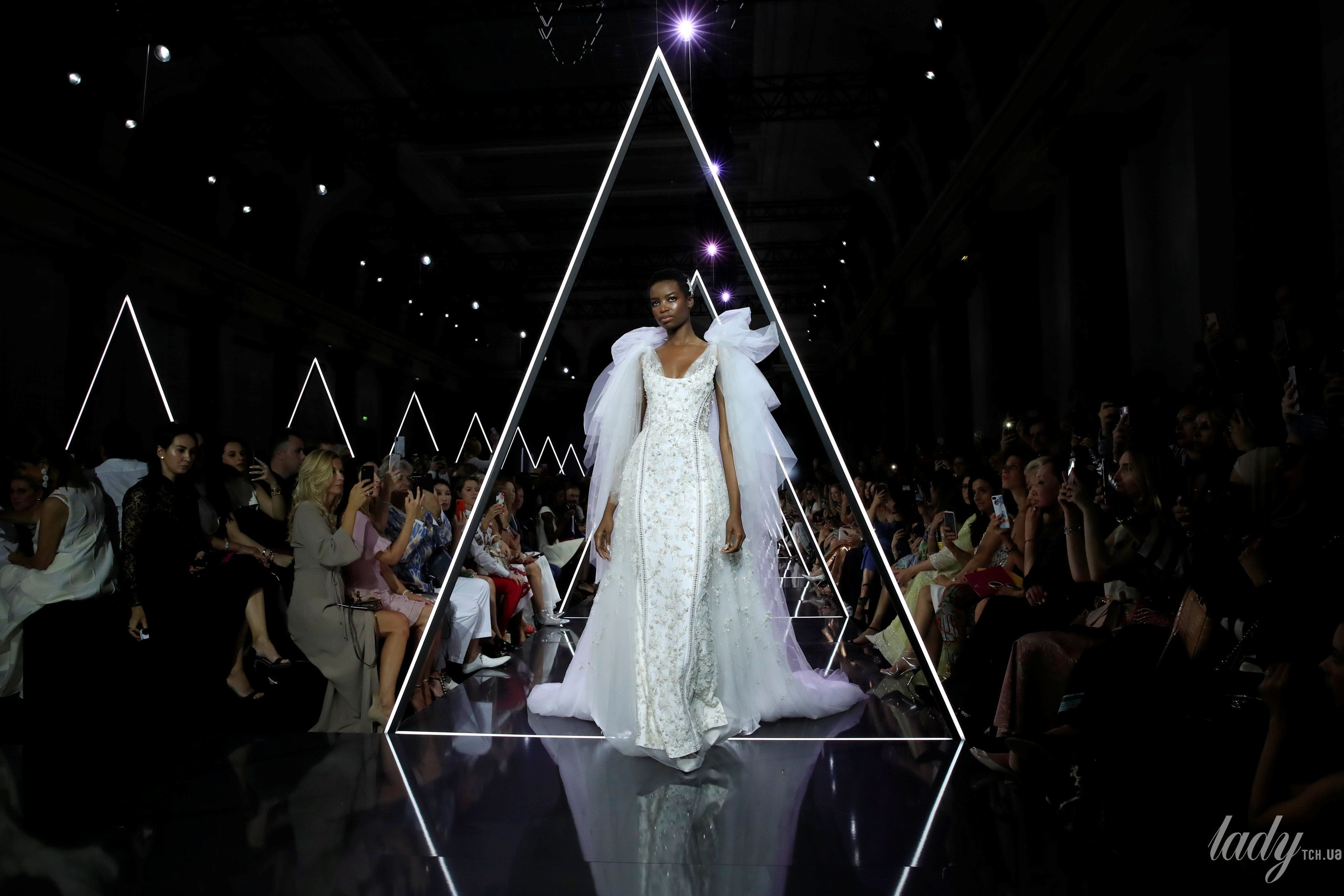 Показ Ralph & Russo Couture_7