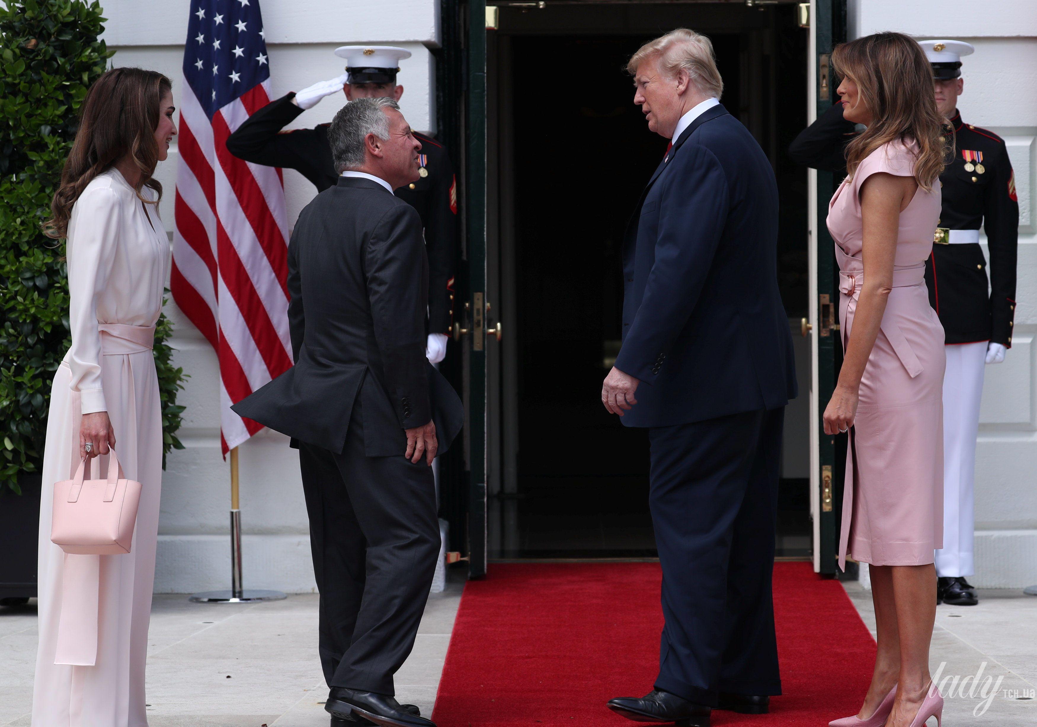 Мелания Трамп и королева Рания_5